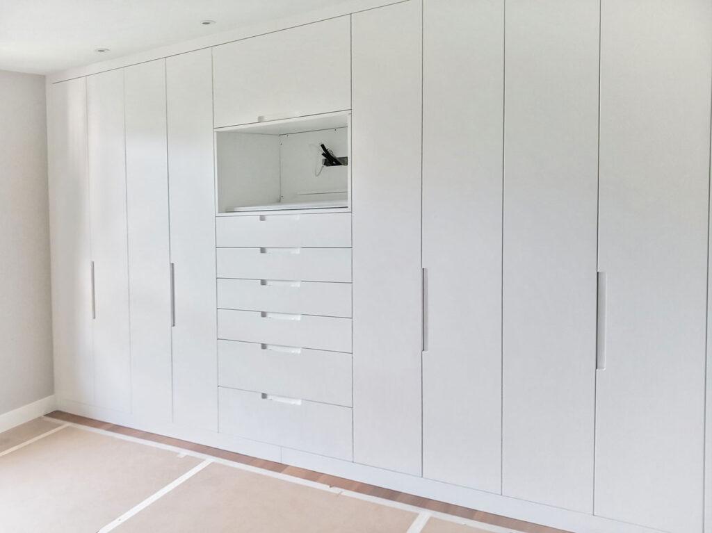armario pared completa