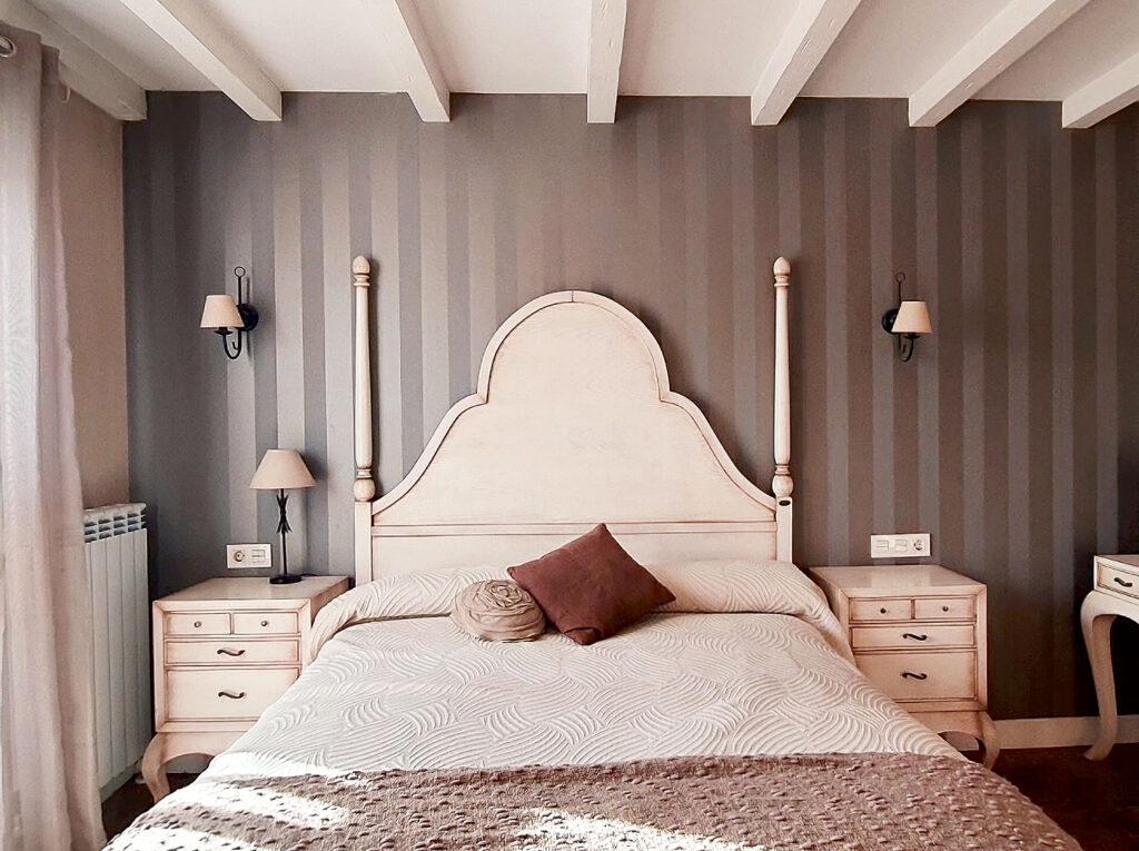 cama del dormitorio romántico